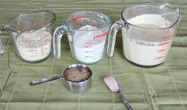 Sourdough-bread-ingredients