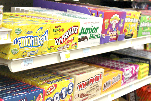 Food dyes - candy display label facts