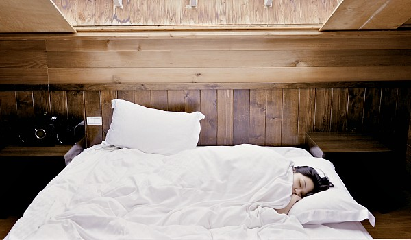 How to Choose a Safe Bed and Bedding