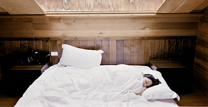 How to Choose a Safe Bed and Bedding - It Takes Time